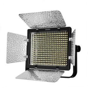 【顺丰包邮】永诺 YN320 单反机顶摄像机LED补光灯
